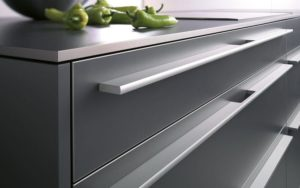 contemporary-kitchen-handles-stainless